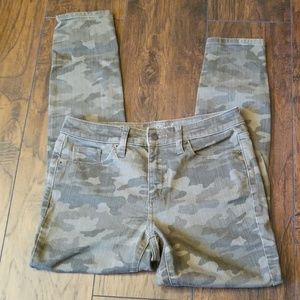 Universal Thread High Rise Skinny Camo Jeans
